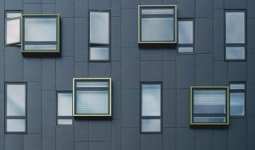 building-1245984_1920